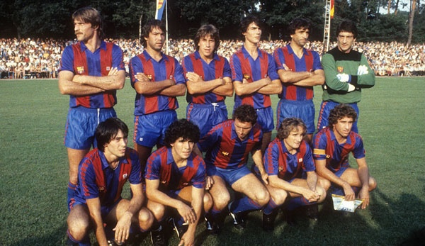 Diego Maradona FC Barcelona Team Photo
