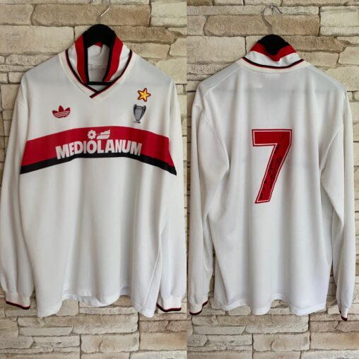 Daniele Massaro #7 Match Worn / Signed Shirt. Worn in Serie A on 24.02.1991 in the game Cagliari 1-1 AC Milan